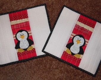 Primitive Whimsical Country Kitchen Quilted PENQUINS Snack Mats Hot Pads Table Mats