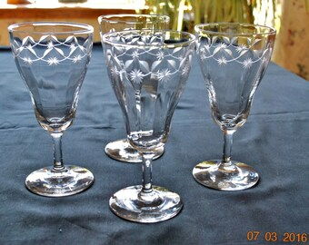 4 - Elegant Clear Glass Etched Leaf and Stars or Flowers Stemmed Water Glasses