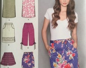 Simplicity 2258, Size 6-8-10-12-14, Misses' Pull-On Skirt in Three Lengths, Capri Pants and Shorts Pattern, UNCUT, Casual, Fun, 2010