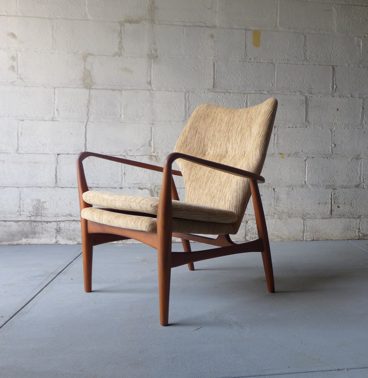 35  Unique Mid Century Modern Lounge Chair