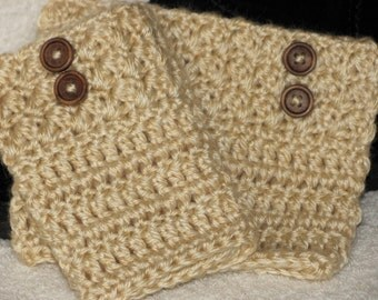 """Honey Cream Women/Teen Boot Cuffs Hand Crocheted with Brown Wood Look Buttons Quality Acrylic Lion """"Heartland"""" Acadia is the color Lion"""