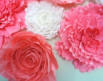 9 Piece Giant Crepe Paper Flower Set