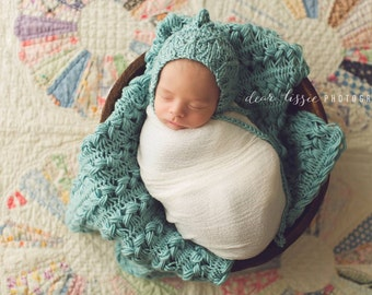 Knitted bonnet with hairpin lace blanket