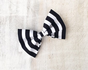 Black & White Candy stripe Rockabilly Hair Bow Clip Pin up
