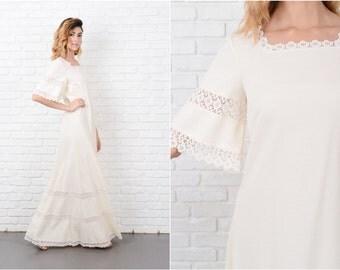 Cream Maxi Dress Vtg 70s Wedding knit Crochet Flower Lace Cutout Sleeve Medium M 8198