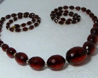 Bakelite Necklace Necklace 37 inches Art Deco Translucent Dark Cherry Faceted Graduated Beads Screw Clasp Vintage Necklace DanPickedMinerals