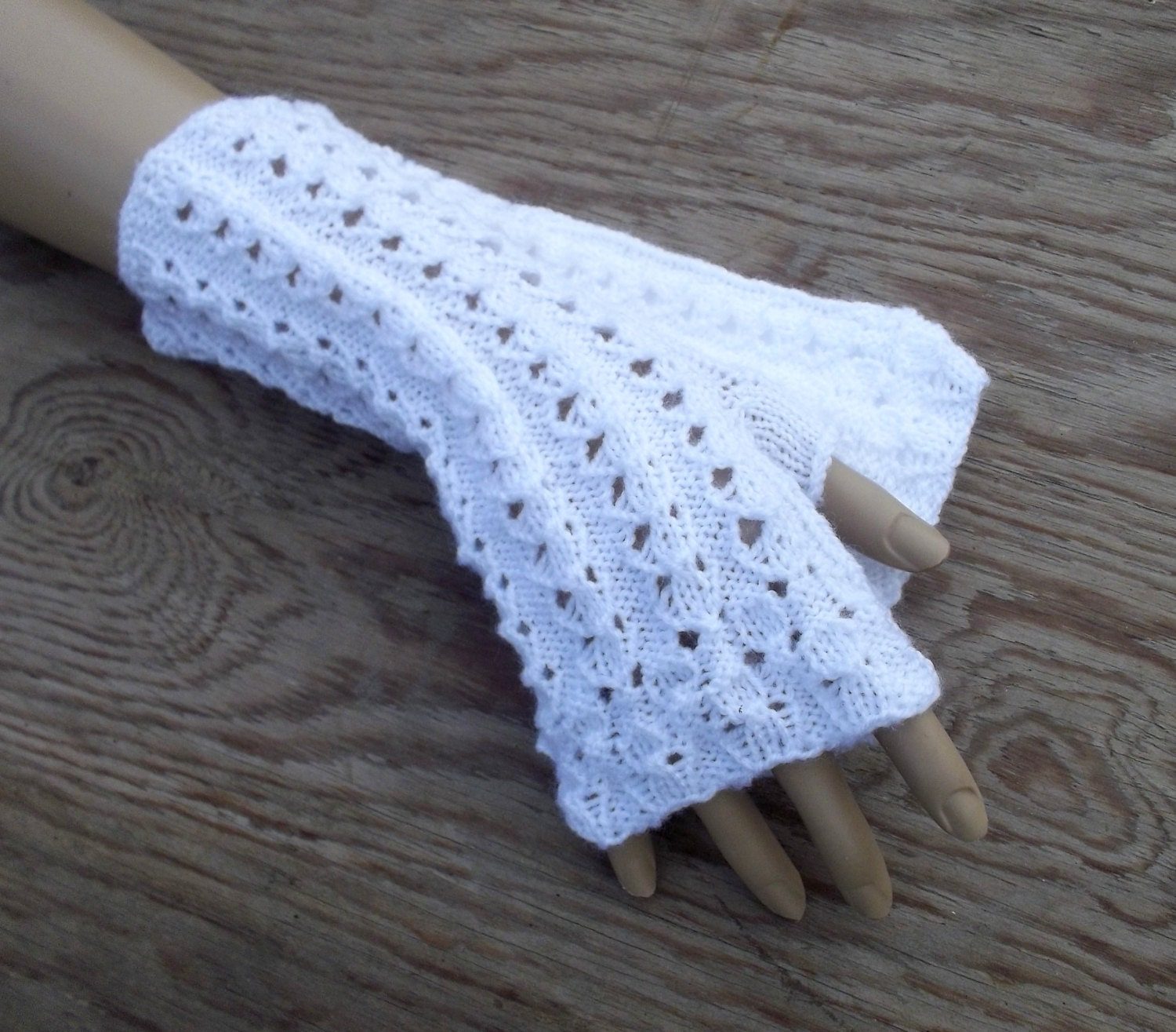 Knitting Pattern Lace Gloves : Hand knitted white lace gloves knitted by peonijahandmadeshop