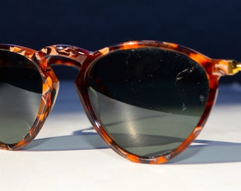 Vintage Ray ban Gatsby DLX style 2 sunglasses made in the USA BL lenses