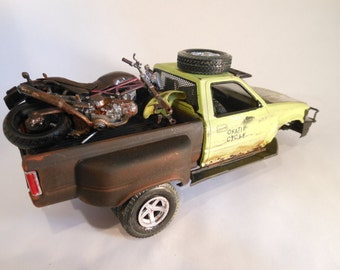 Classicwrecks Rusted Wreck Scale Model Toyota Truck with Motorcycle