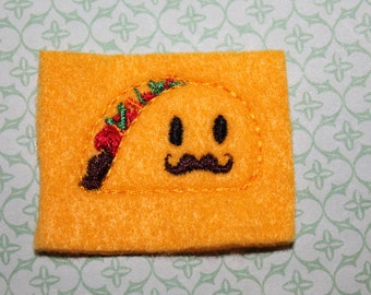 Senior Taco feltie, set of 4 pieces, embroidered on felt,  taco on yellow orange felt, for hair accessories, scrap booking or crafts