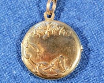 Antique Locket Gold Plated Locket Mistletoe And Ivy Locket Brand ORIA French Art Nouveau Jewelry