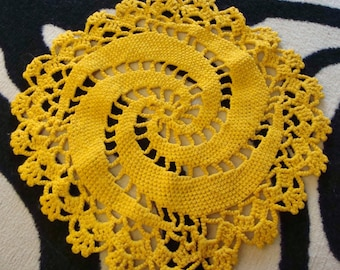 CHUNKY GOLD DOILY mustard yellow crocheted vintage