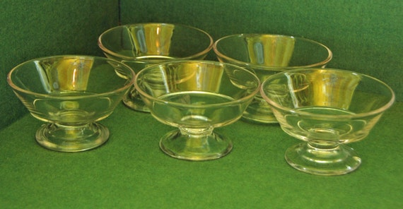 """5 Vintage SHERBET/SUNDAE ICE Cream Glasses Ca 1930s & 40s Clear Glass Approx 4 3/4""""di x 2 1/2"""" Base x 2""""h Exc Condition No Chips r Cracks"""