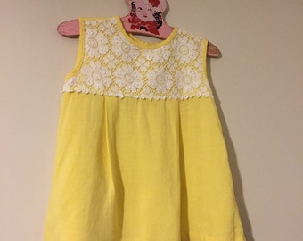 Nannette Vintage Top / Yellow Daisy / Girls Vintage / Daisy / Yellow Shirt