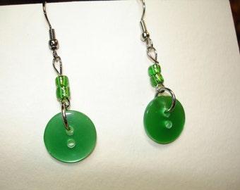 Dangle Button Earrings - Green button earrings - Dangle button Earrings