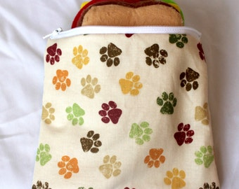 "Reusable sandwich bag, snack bag in paw print 7""x6.5"""