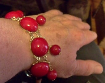 Vintage Red bracelet, Loud Red and Gold bracelet, ostentatious jewelry, living life loudly.....