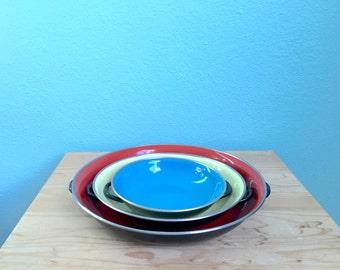 Vintage midcentury enamelware pan set of 3 / paella pan / red blue yellow / made in Yugoslavia