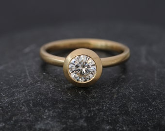Moissanite Solitaire Ring in 18K Gold - Moissanite Gold Engagement Ring - Contemporary Moissanite Engagement Ring - Made to Order