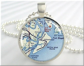 Hilton Head Map Pendant, Resin Charm, Hilton Head Island South Carolina, Resort Map Necklace, Picture Jewelry, Gift Under 20, Round (735RS)