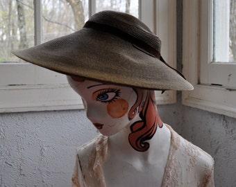 Wide Brim Sun Hat/Vintage 1940s 1950s/Dark Taupe Straw Picture Hat/Boho Wedding Garden Party