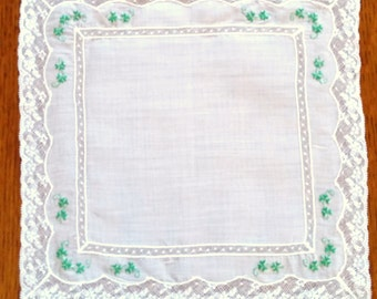 Gorgeous Vintage Hanky with Shamrocks and lace