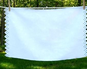 Small Linen Damask Table Runner//Handmade Edge//Blue White//Vintage