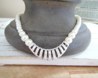 Retro Avon SAQ White Faux Pearl Marcasite Look 'Classic Drama' Necklace HH48