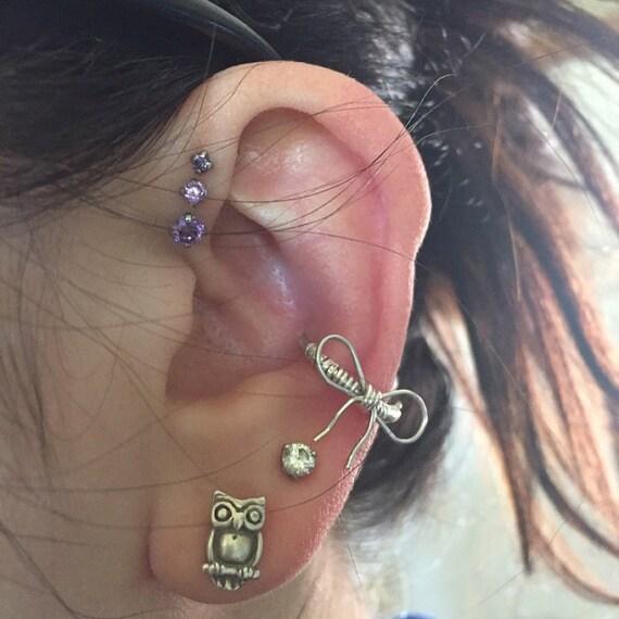 16 gauge Cutie bow Sterling  Silver Conch / Cartilage hoop (single)