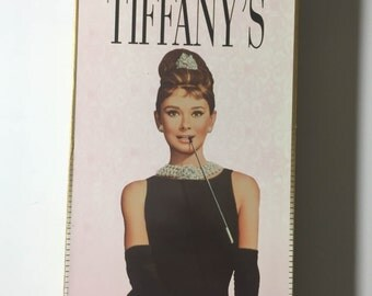 Breakfast at Tiffany's (VHS, 1996) Audrey Hepburn