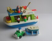 Fisher Price Play Family Houseboat #985_1972-76 w extras