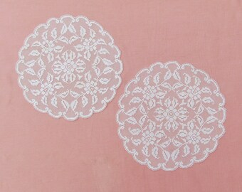 Pair of vintage filet lace doilies, c.1920's round, off white doilies