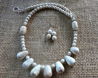 19 Inch Hand Carved White Buffalo Turquoise Necklace with Earrings