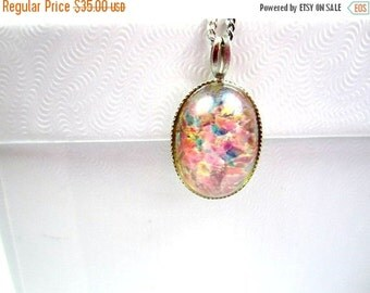 CHRISTMAS Holiday Sale, Goofus Glass Pendant Necklace, 1940s Vintage Jewelry, Fashion