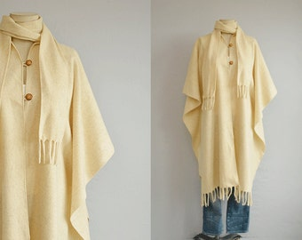 Vintage Wool Poncho / 70s  Boho Shawl Blanket Cape with Fringe with Scarf