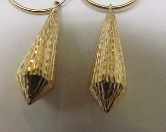 Estate Very Cute 14kt Yellow   Gold  Earrings, 1950's