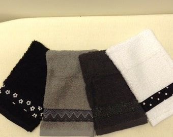 Terrycloth Wash Mitt set of four in black, white and grey. Bath or shower mitt is a great Item for gift giving. Teacher or friend gift.