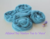 Dyed Merino Top from Ashland Bay - 2 oz of 21.5 Micron Combed Top for Spinning or Felting in Aqua - Sky Blue Merino Top/Merino Roving