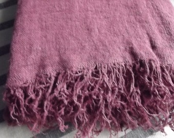 Linen Bed Cover. Burgundy Linen  Coverlet with Fringes. Beach blanket. Throw blanket.