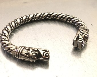 Dragons Head Bracelet, Viking Bracelet, Medieval Bracelet, Norse Jewelry, Norse Fashion, Gifts for Her, Gifts for Him