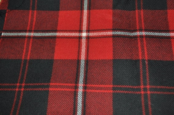 Cunningham Modern Tartan Fabric 100 10oz Pure New Wool