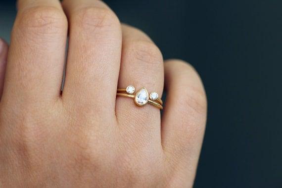Pear Diamond Ring Dual Wedding Set 03