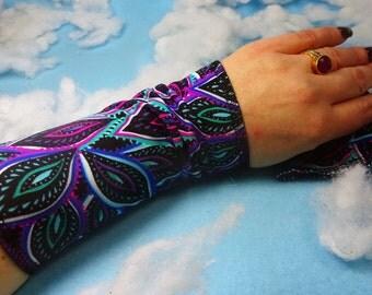 Feather print bracelet, Feather wrist cuff, feather victorian glove, boho bracelet, stretch fabric bracelet, wrist tattoo cover, boho cuff