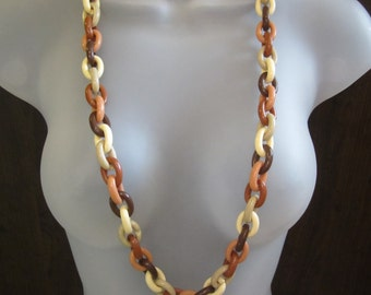 Plastic Chain Necklace - Vintage