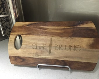 Personalised knife design with name chopping board, handmade for you. Perfect gift for christmas, dinner parties, housewarming & birthdays.