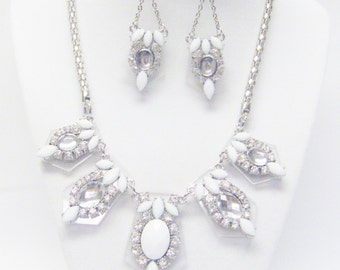 Clear/White /Silver Plated Acrylic Statement Necklace & Earrings Set