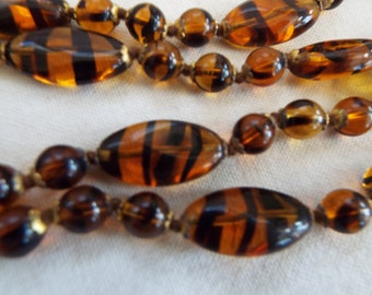 art deco Murano amber swirl glass flapper beaded  necklace hand knotted