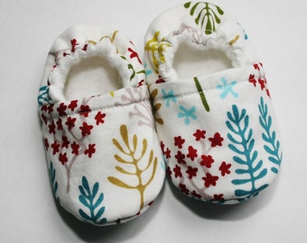 Organic baby slippers, Nature Walk ~ Clearing. Organic cotton, organic flannel/bamboo fleece. Made to order.