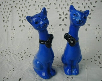 Vintage Salt and Pepper Shakers, Cobalt Blue Siamese Cats, Japan, Pair of Shakers