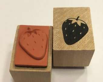 small Strawberry rubber stamp, 20 mm (BR88)